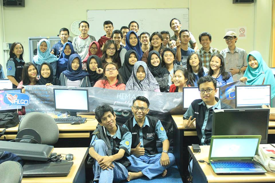 "Pelatihan ""KODE (Knowing and Learning)"""
